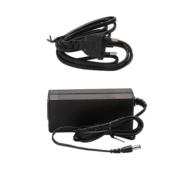 Lichtschiene LUXI LINK 60W Netzteil 50x110x30mm mit Anschlusskabel